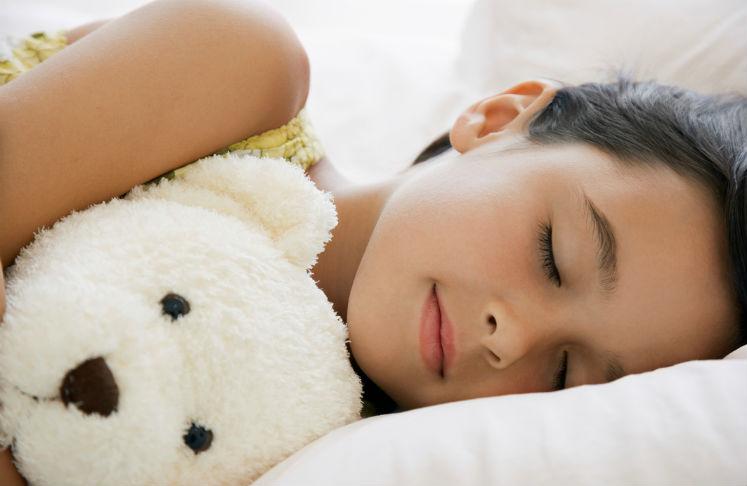 niños que duermen bien son más altos