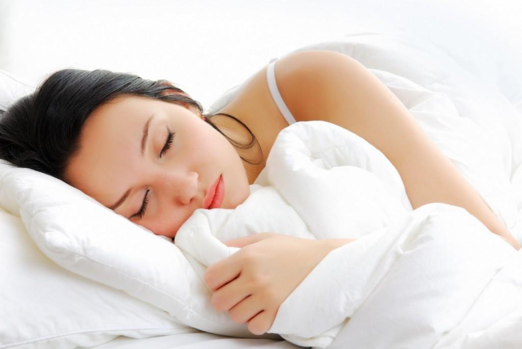 Duermes con los ojos abiertos