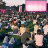 Vive la experiencia del cine al aire libre