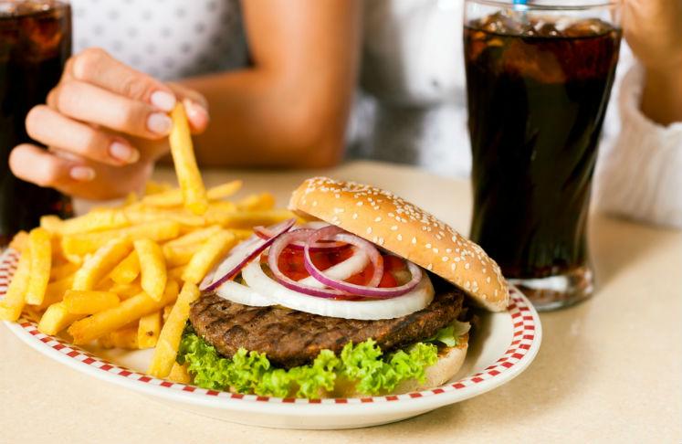 Entre más grasa se coma, más hambre da