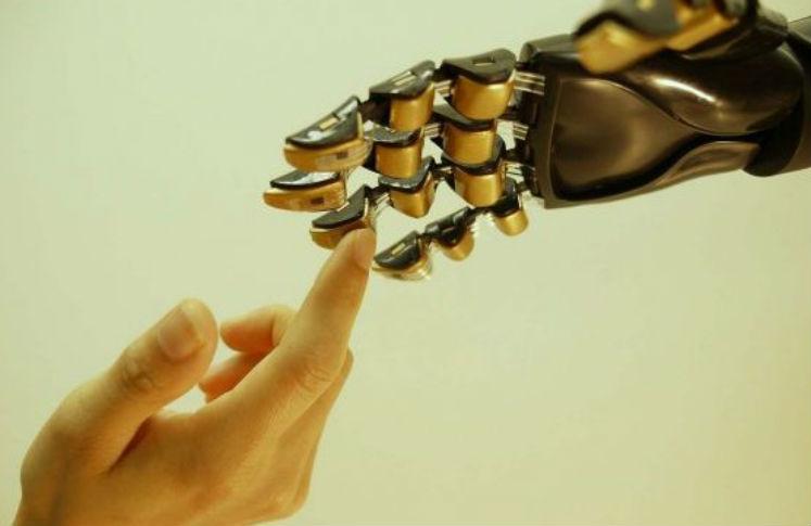 Crean prótesis para tener sensaciones