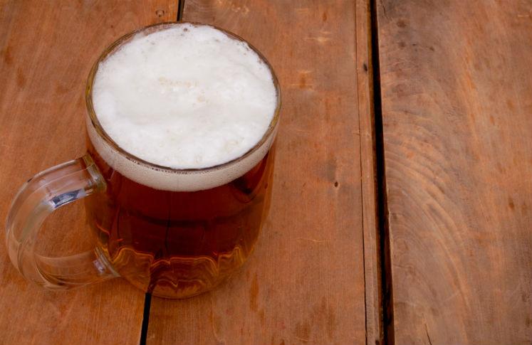La cerveza ayuda a prevenir las enfermedades del corazón.
