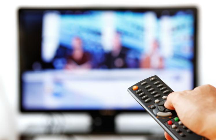 Ver televisión puede aumentar el riesgo de muerte prematura.