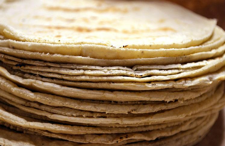 Consumir las tortillas de maíz previenen la aparición de cataratas