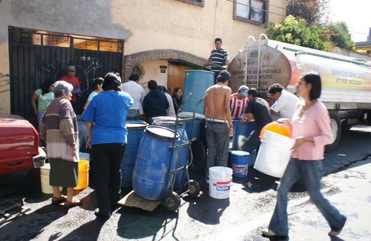 GDF enviará 450 pipas de agua a las colonias sin este suministro líquido